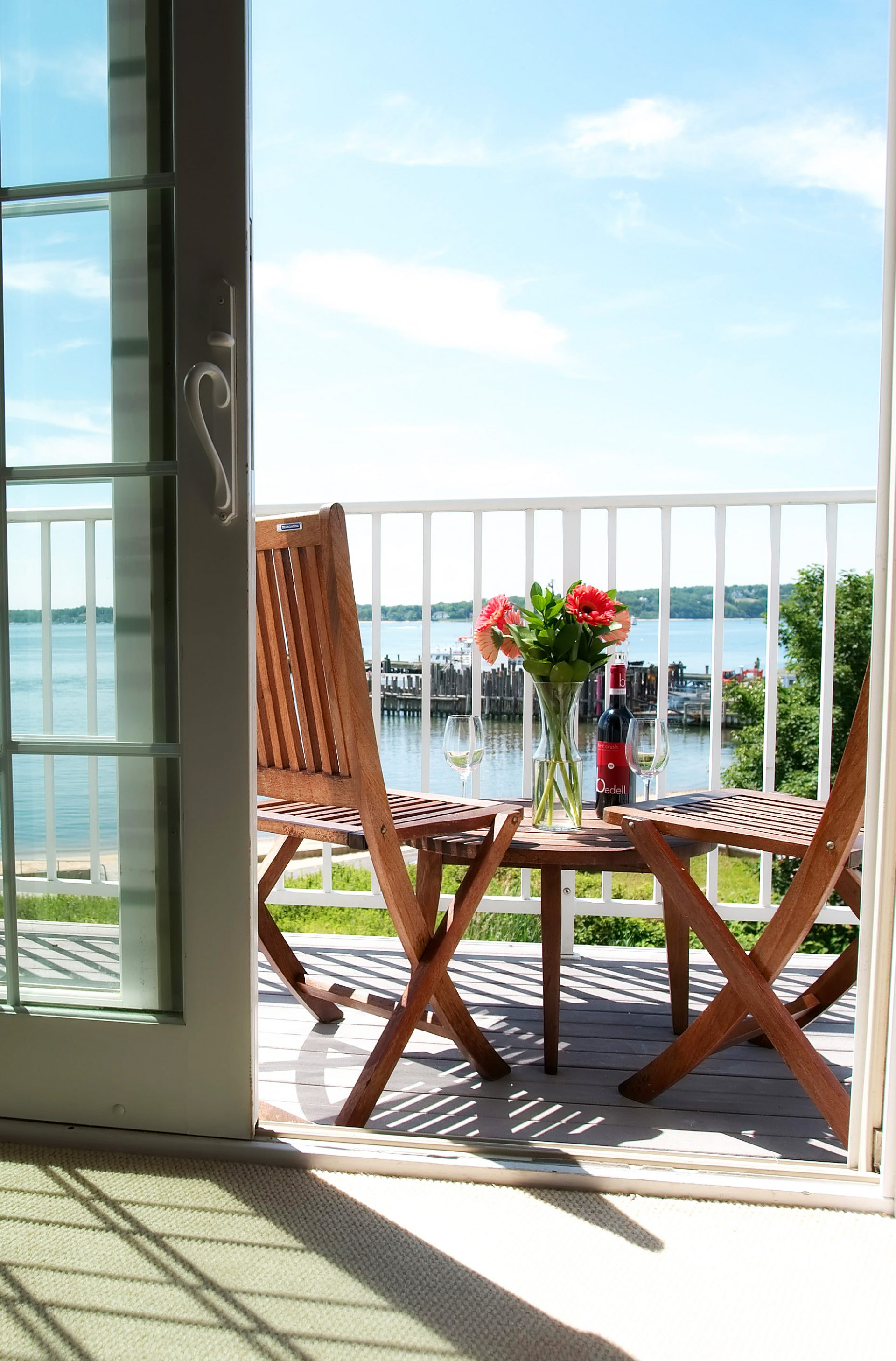 Head Down to The Harborfront Inn for the Perfect Summer Getaway!
