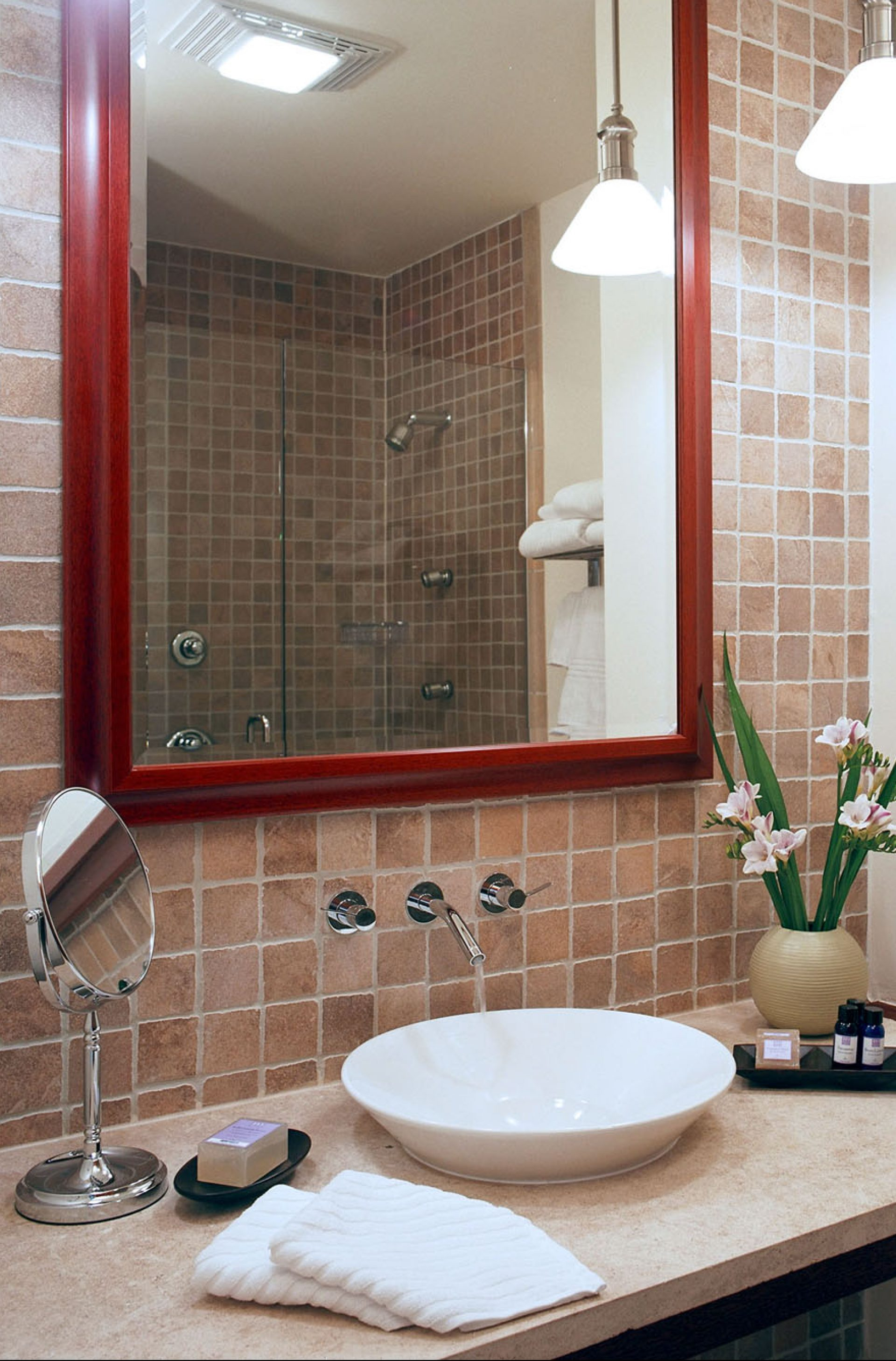 beautiful bathroom at The Harborfront Inn with bath amenities